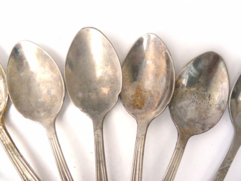Is Your Cutlery Covered In Rust Spots With This Trick